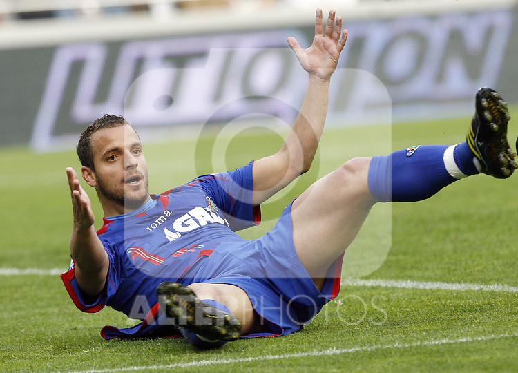 Getafe's Roberto Soldado reacts during La Liga match, April 05, 2009. (ALTERPHOTOS/Alberto Saiz).