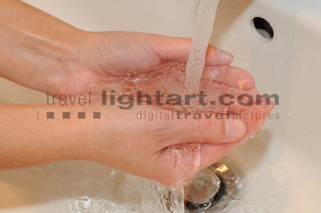 Trinkwasser, Wasser, Wasserverbrauch, Wasserverschwendung, Haushalt, Liechentstein