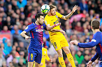FC Barcelona's Sergio Busquets (l) and Atletico de Madrid's Saul Niguez during La Liga match. March 4,2018. (ALTERPHOTOS/Acero) /NortePhoto.com NORTEPHOTOMEXICO