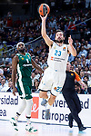 Real Madrid Sergio Llull and Panathinaikos Chris Singleton during Turkish Airlines Euroleague Quarter Finals 4th match between Real Madrid and Panathinaikos at Wizink Center in Madrid, Spain. April 27, 2018. (ALTERPHOTOS/Borja B.Hojas)