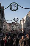Christmas shoppers, Ipswich, Suffolk, England