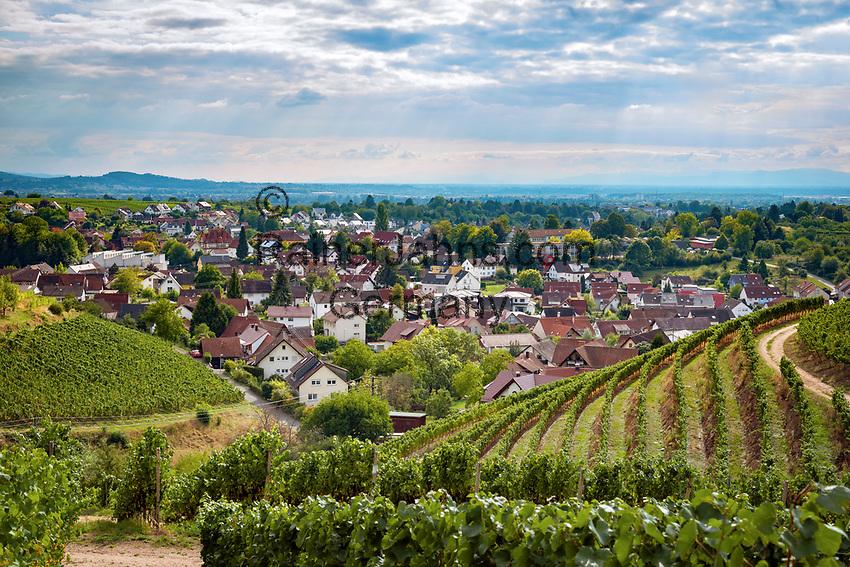 Germany, Baden-Wurttemberg, Offenburg - district Zell-Weierbach: wine village at Ortenau district | Deutschland, Baden-Wuerttemberg, Offenburg - Stadtteil Zell-Weierbach: Weinort im Ortenaukreis