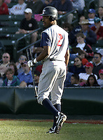 May 30, 2004:  Outfielder Nook Logan of the Toledo Mudhens during a game at Frontier Field in Rochester, NY.  The Mudhens are the Triple-A International League affiliate of the Detroit Tigers.  Photo By Mike Janes/Four Seam Images