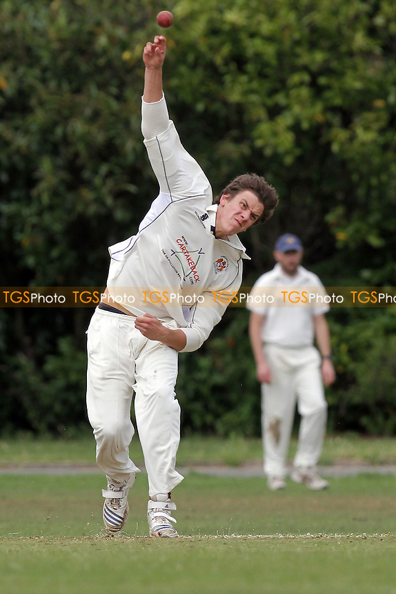 J Coote in bowling action for Hornchurch Athletic - Hornchurch Athletic CC (fielding) vs Barking CC - Essex Cricket League - 09/07/11 - MANDATORY CREDIT: Gavin Ellis/TGSPHOTO - Self billing applies where appropriate - Tel: 0845 094 6026 - contact@tgsphoto.co.uk