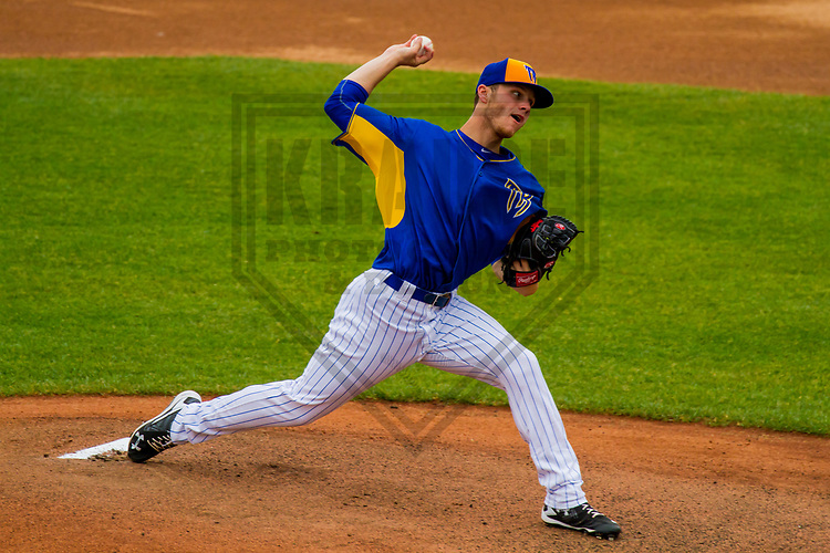 Wisconsin Timber Rattlers pitcher Zack Brown (17) during a Midwest League game against the Kane County Cougars on June 11, 2017 at Fox Cities Stadium in Appleton, Wisconsin.  Kane County defeated Wisconsin 6-4. (Brad Krause/Krause Sports Photography)