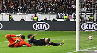 Goncalo Paciencia (Eintracht Frankfurt) verpasst die grosse Chance zum 2:1 - 02.05.2019: Eintracht Frankfurt vs. Chelsea FC London, UEFA Europa League, Halbfinale Hinspiel, Commerzbank Arena DISCLAIMER: DFL regulations prohibit any use of photographs as image sequences and/or quasi-video.