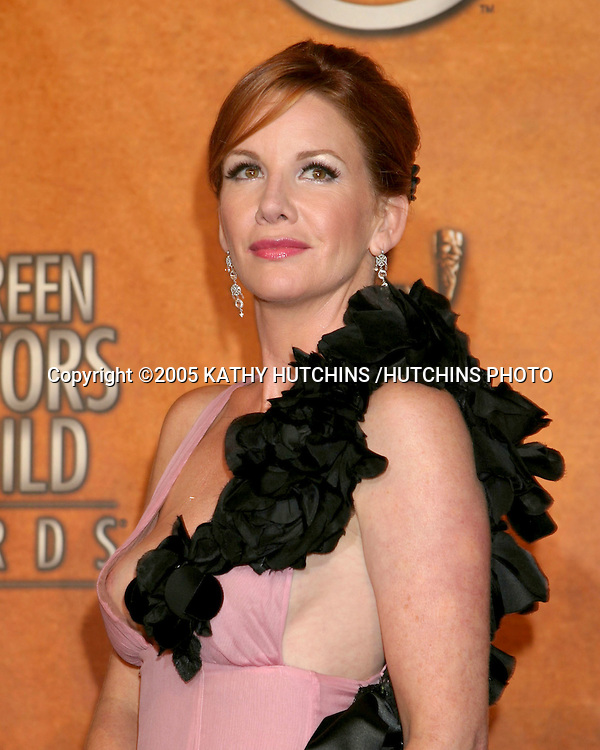 ©2005 KATHY HUTCHINS /HUTCHINS PHOTO.11TH SCREEN ACTOR'S GUILD AWARDS.SHRINE AUDITORIUM.LOS ANGELES, CA.FEBRUARY 5, 2005..MELISSA GILBERT