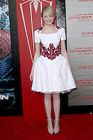 Emma Stone at the premiere of Columbia Pictures' 'The Amazing Spider-Man' at the Regency Village Theatre on June 28, 2012 in Westwood, California. © mpi22/MediaPunch Inc. *NORTEPHOTO.COM*<br /> **CREDITO*OBLIGATORIO** *No*Venta*A*Terceros* *No*Sale*So*third* *No*Se *Permite*Hacer*Archivo**