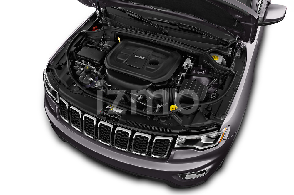Car Stock 2019 JEEP Grand-Cherokee Laredo-E 5 Door SUV Engine  high angle detail view
