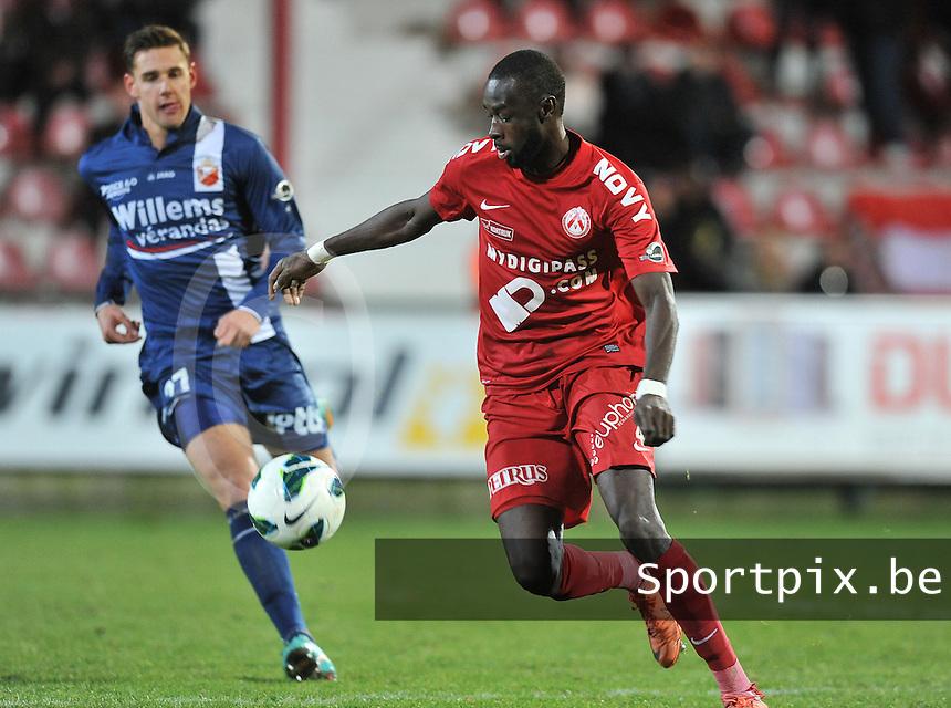 KV Kortrijk - RAEC Mons Bergen : Ismaila Iso N'Diaye.foto VDB / BART VANDENBROUCKE