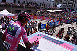 New race leader Nairo Quintana (COL) Movistar Team Maglia Rosa at sign on before Stage 20 of the 100th edition of the Giro d'Italia 2017, running 190km from Pordenone to Asiago, Italy. 27th May 2017.<br /> Picture: LaPresse/Gian Mattia D'Alberto | Cyclefile<br /> <br /> <br /> All photos usage must carry mandatory copyright credit (&copy; Cyclefile | LaPresse/Gian Mattia D'Alberto)