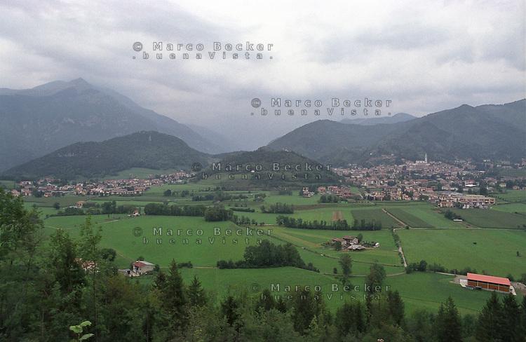Val Borlezza (Valle Seriana, Prealpi Bergamasche) --- Val Borlezza (Valle Seriana, Bergamo Prealps)