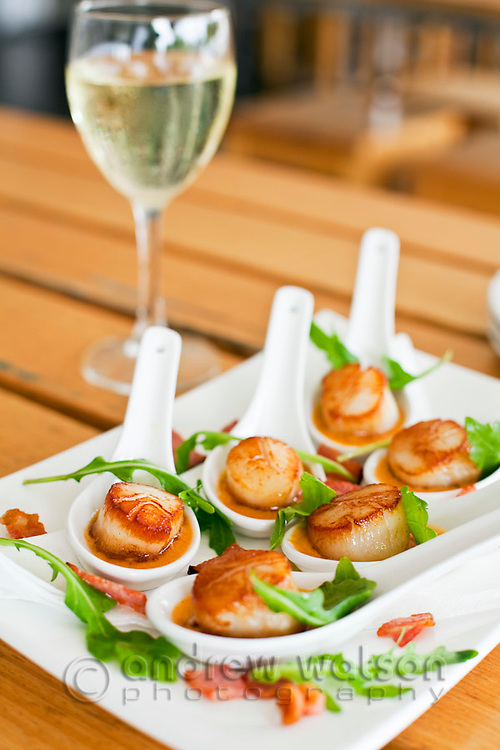 Seared scallops in Thai red curry sauce at Bellavista at the Marina Restaurant.  The Pier, Cairns, Queensland, Australia