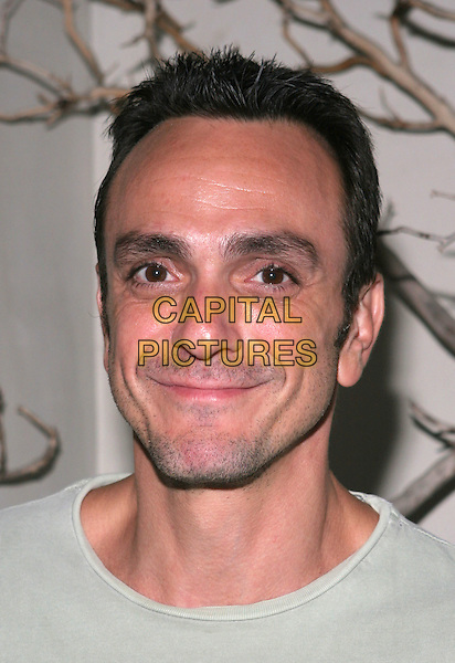 HANK AZARIA.Hurricane Katrina Relief Benefit sponsored by Grey Goose Vodka held at Falcon, Hollywood, California..September 26th, 2005.Photo Credit: Zach Lipp/AdMedia/Capital Pictures.headshot portrait.www.capitalpictures.com.sales@capitalpictures.com.© Capital Pictures.