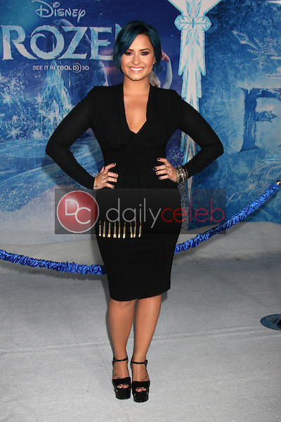 Demi Lovato<br /> at the &quot;Frozen&quot; Los Angeles Premiere, El Capitan, Hollywood, CA 11-19-13<br /> David Edwards/DailyCeleb.Com 818-249-4998