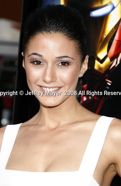 "Actress Emmanuelle Chriqui arrives to the ""Iron Man"" premiere at Grauman's Chinese Theatre on April 30, 2008 in Hollywood, California."
