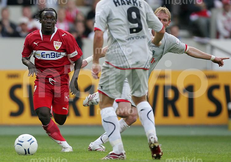 Fussball Bundesliga 2007/08 VFB Stuttgart - Hannover 96 Arthur BOKA (VFB, l) gegen Jan ROSENTHAL (H96).