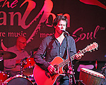 Bacon Brothers play 4 Queens Canyon Club Sturday night to a sold out crowd Nov 22 2008