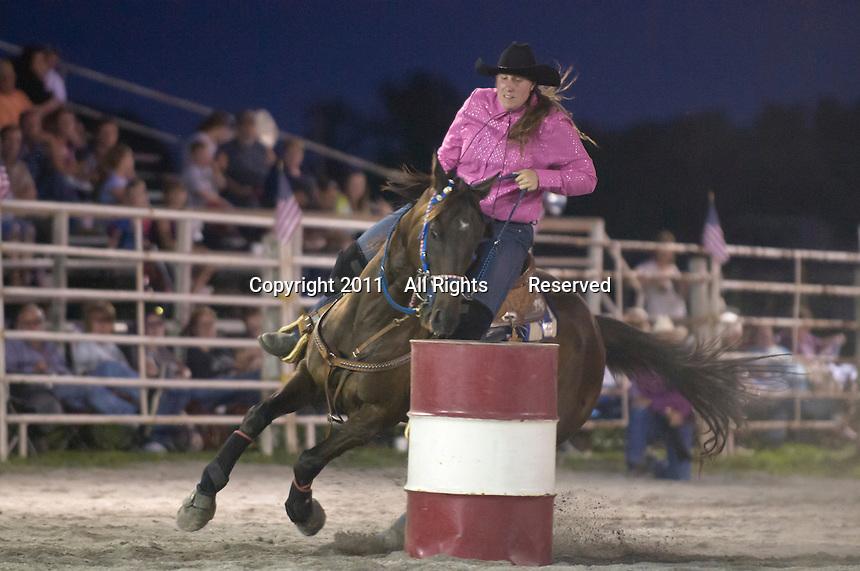 Johnsville, MD: J Bar W Ranch -- Nichole Rupp rounding 2nd barrel.