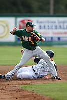 February 21, 2010:  Second Baseman Dan Paolini (2) of the Siena Saints during a game at Melching Field at Conrad Park in DeLand, FL.  Siena lost to Stetson by the score of 8-7.  Photo By Mike Janes/Four Seam Images