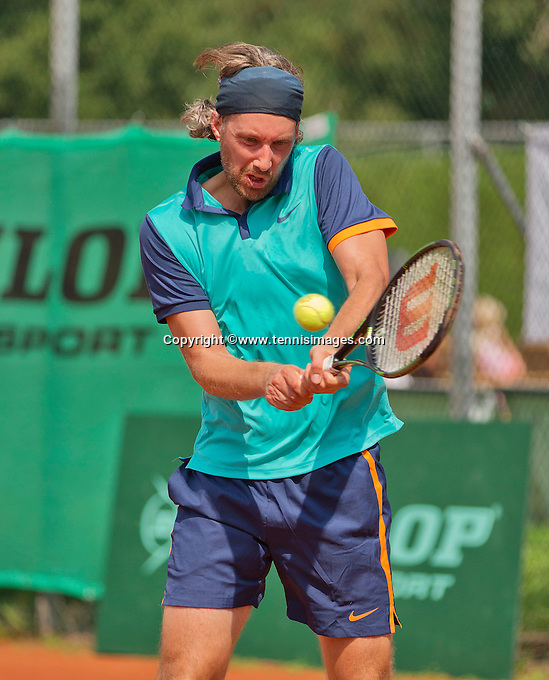 Netherlands, Amstelveen, August 22, 2015, Tennis,  National Veteran Championships, NVK, TV de Kegel,  Men's 35+,  Sander Erkamp<br /> Photo: Tennisimages/Henk Koster