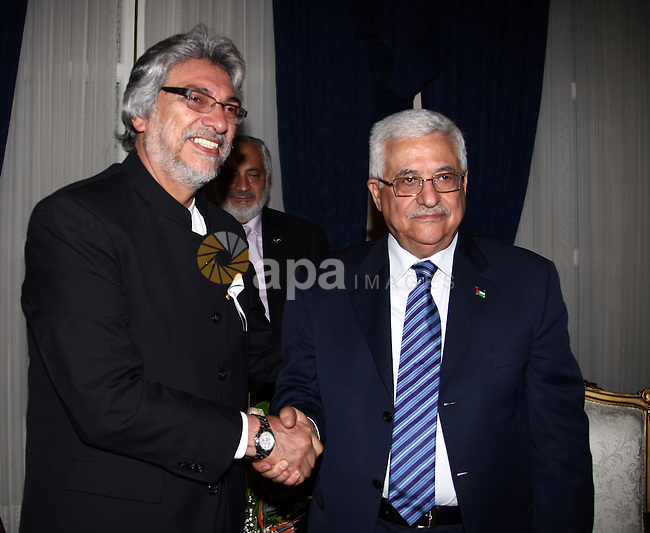 Palestinian President Mahmoud Abbas meets with Paraguay's President Fernando Lugo at the Presidential Residence on Nov 26, 2009 in Asuncion, Paraguay. The leader was next bound for Venezuela to discuss with President Hugo Chavez opening an embassy and the stationing of an ambassador from Venezuela in Palestine. Photo by Omar Rashidi