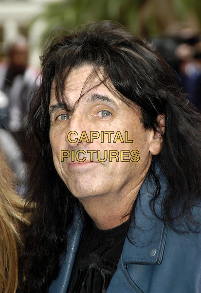 ALICE COOPER.Charlie's Angels: Full Throttle premiere, Leicester Square.www.capitalpictures.com.sales@capitalpictures.com.©Capital Pictures.charlies angels, headshot, portrait
