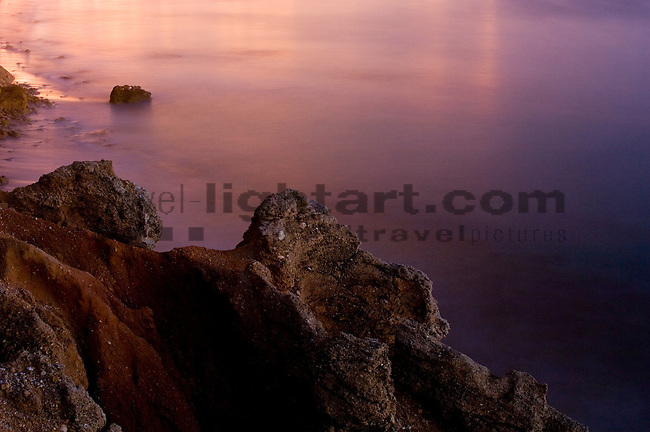 Coast of Chiclana at dusk, Cadiz, Andalucia, Andalusia, Spain, Andalusien, Spanien.Photo: Paul Trummer / Mauren - FL.www.travel-lightart.com
