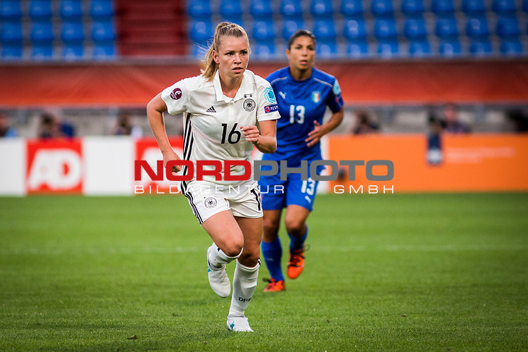 21.07.2017, Koenig Willem II Stadion , Tilburg, NLD, Tilburg, UEFA Women's Euro 2017, Deutschland (GER) vs Italien (ITA), <br /> <br /> im Bild | picture shows<br /> Linda Dallmann (Deutschland #16) | (Germany #16), <br /> <br /> Foto © nordphoto / Rauch