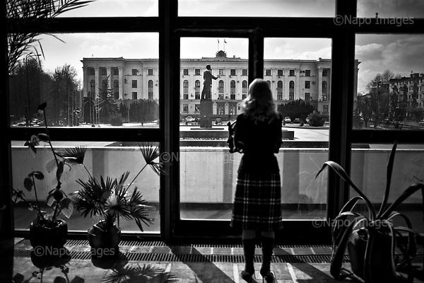 Simferopol 04 March 2009 Ukraine<br /> Main square in Simferopol. In the background the statue of Lenin, Soviet-era<br /> (Photo by Filip Cwik / Newsweek Poland / Napo Images)<br /> <br /> Simferopol 04 marzec 2009 Ukraina <br /> Glowny plac w Simferopolu. W tle pomnik Lenina z czasow sowieckich<br /> (fot. Filip Cwik / Newsweek Polska / Napo Images)