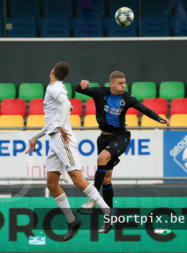 20191211- Ostend: Club Brugge player Ignace Van Der Brempt (right) is trying to win a header from  Real Madrid player during the UEFA Youth League Group A football match between Club Brugge and Real Madrid on Wednesday 11th December 2019 at Versluys Arena, Ostend, Belgium. PHOTO: SEVIL OKTEM | Sportpix.be