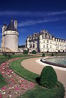 France, Loire Valley, castle, Chenonceau, Loire Castle Region, Indre-et-Loire, Europe, 16th century Chateau de Chenonceau and gardens.