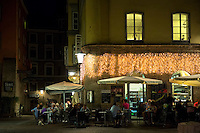 People eating out in Mamma Mia restaurant cafe in Herzog Friedrich Strasse in Innsbruck in the Tyrol Austria