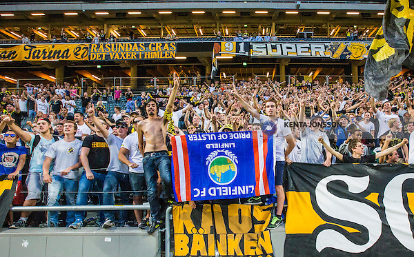 Solna 2014-07-24 Fotboll Europa League AIK - Linfield FC :  <br /> AIK:s supportrar &auml;r glada efter matchen och segern &ouml;ver Linfield i kvalet till Europa League<br /> (Foto: Kenta J&ouml;nsson) Nyckelord:  AIK Gnaget Friends Arena Linfield LFC Europa League Kval supporter fans publik supporters jubel gl&auml;dje lycka glad happy