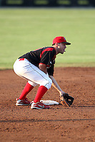 Batavia Muckdogs second baseman Joey Bergman (40) during a game vs. the Lowell Spinners at Dwyer Stadium in Batavia, New York July 14, 2010.   Batavia defeated Lowell 12-2.  Photo By Mike Janes/Four Seam Images
