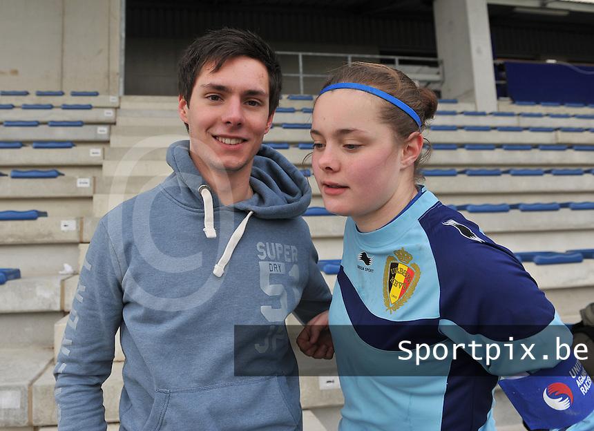 Belgie U17 - Duitsland U17 : Jaron Lemey met zus Diede Lemey.foto DAVID CATRY / Vrouwenteam.be