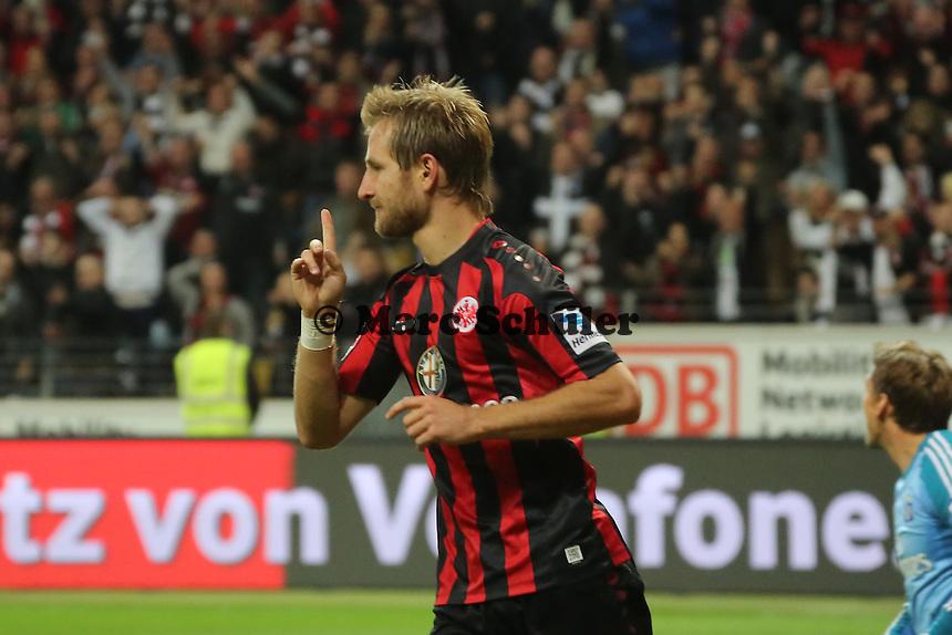 Stefan Aigner (Eintracht) beschwert sich, dass sein Treffer wegen Abseits nicht gegeben wurde - Eintracht Frankfurt vs. Hamburger SV, Commerzbank Arena