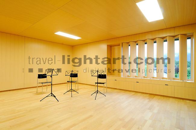 Musikhaus in Ruggell für Broschüre im Auftrag von Vorsteher Ernst Büchel fotografieren. Foto: Paul Trummer / Mauren.