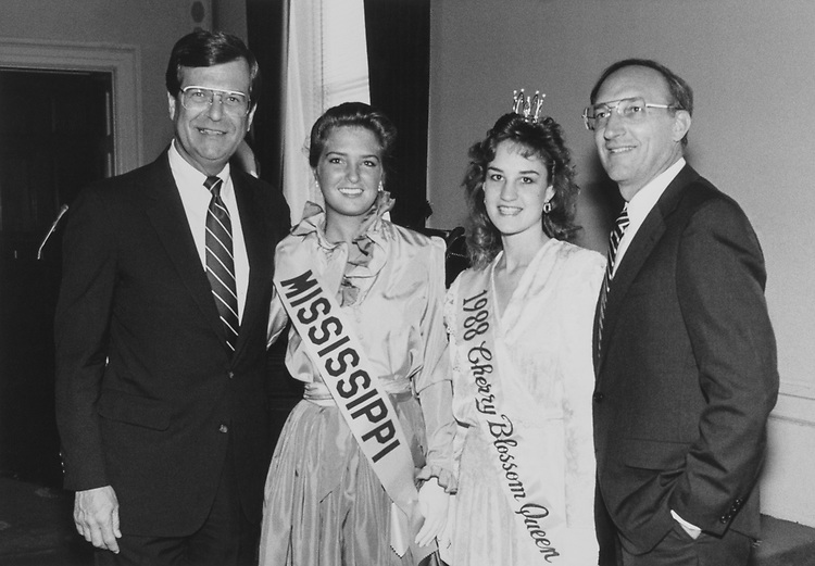 Sen. Trent Lott, R-Miss., and daughter Tyler with Rep. Toby Roth, R-Wis., and daughter Vicky in Miss Cherry Blossoms, in 1988. (Photo by Andrea Mohin/CQ Roll Call via Getty Images)