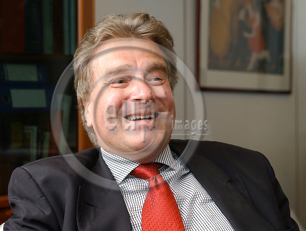 Brussels-Belgium - 14 April 2005---Fritz-Harald WENIG, Director at DG Trade, European Commission, during an interview in his office---Photo: Horst Wagner/eup-images