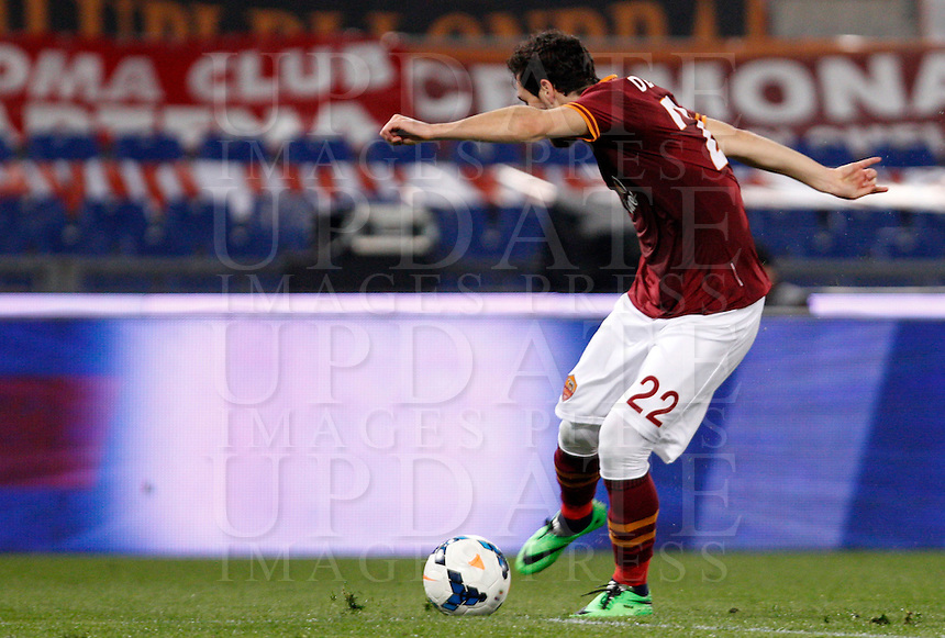 Calcio, Serie A: Roma vs Udinese. Roma, stadio Olimpico, 17 marzo 2014.<br /> AS Roma forward Mattia Destro scores during the Italian Serie A football match between AS Roma and Udinese at Rome's Olympic stadium, 17 March 2014.<br /> UPDATE IMAGES PRESS/Riccardo De Luca