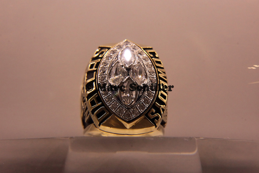 Super Bowl Ringe der einzelnen Siegerteams: XXVIII Dallas Cowboys 1993