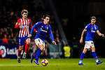 Benat Etxebarria Urkiaga of Athletic de Bilbao (C) is followed by Antoine Griezmann of Atletico de Madrid (L) during the La Liga 2018-19 match between Atletico de Madrid and Athletic de Bilbao at Wanda Metropolitano, on November 10 2018 in Madrid, Spain. Photo by Diego Gouto / Power Sport Images