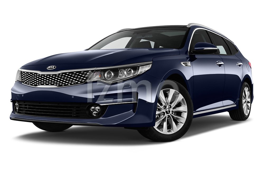 Stock pictures of low aggressive front three quarter view of 2017 KIA Optima-Sportswagon Fusion 5 Door Wagon Low Aggressive