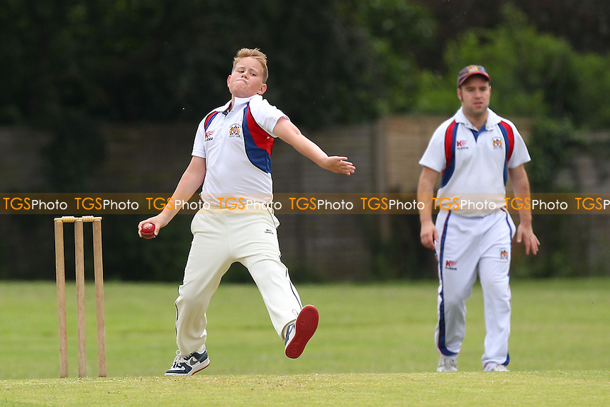 C Madams in bowling action for Hornchurch Athletic - Hornchurch Athletic CC 3rd XI vs Goresbrook CC 3rd XI - Mid-Essex Cricket League - 31/05/14 - MANDATORY CREDIT: Gavin Ellis/TGSPHOTO - Self billing applies where appropriate - 0845 094 6026 - contact@tgsphoto.co.uk - NO UNPAID USE