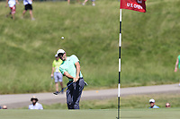 Rory McIlroy (NIR) chips onto the 3rd green during Thursday's Round 1 of the 117th U.S. Open Championship 2017 held at Erin Hills, Erin, Wisconsin, USA. 15th June 2017.<br /> Picture: Eoin Clarke | Golffile<br /> <br /> <br /> All photos usage must carry mandatory copyright credit (&copy; Golffile | Eoin Clarke)