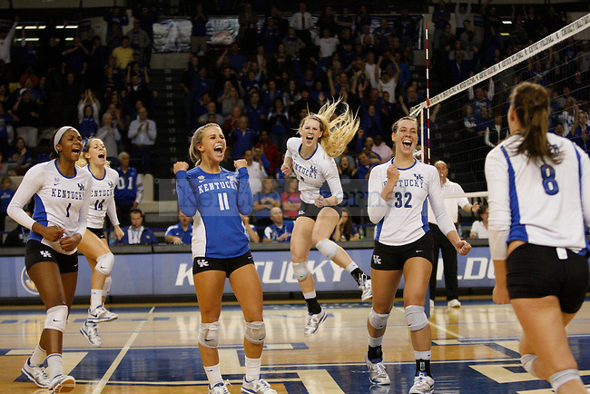The UK Women's Volleyball team beat Arkansas in a 3-2 game on 11/20/11 in Lexington, Ky. Photo by Quianna Lige   Staff