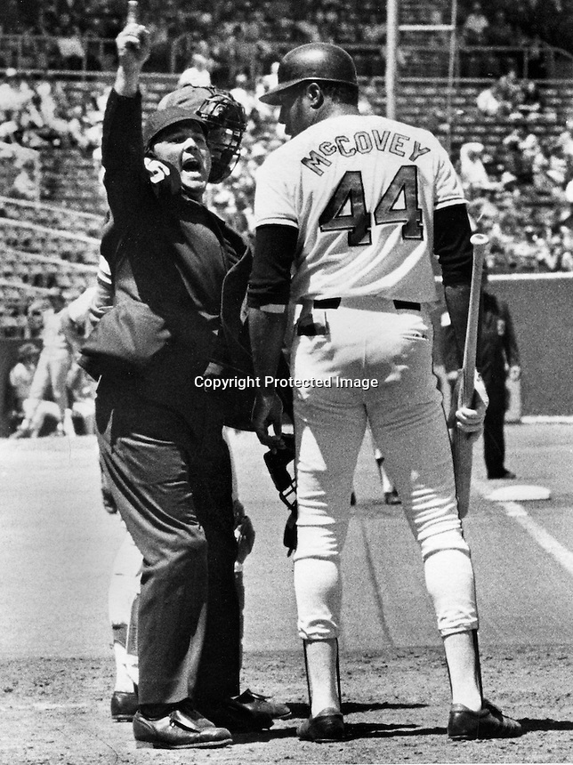 WILLIE TOSSED: Umpire Terry Tata gives San Francisco Giants Willie McCovey the eject sign in the 5th inning after arguing a called third strike..(1973 photo by Ron Riesterer)