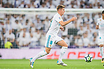 Toni Kroos of Real Madrid in action during the La Liga 2017-18 match between Real Madrid and Real Betis at Estadio Santiago Bernabeu on 20 September 2017 in Madrid, Spain. Photo by Diego Gonzalez / Power Sport Images