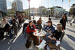 20080110 - France - Aquitaine - Pau<br /> CAFES ET PLACE CLEMENCEAU AU CENTRE VILLE PIETONNIER DE PAU.<br /> Ref : PAU_005.jpg - © Philippe Noisette.